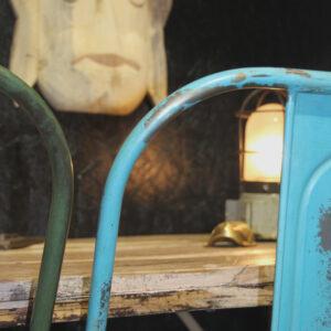 En super cool træmaske med fine detaljer