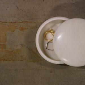 Marmor æske – hvid